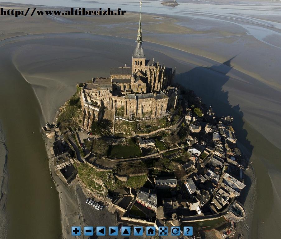 Survolez le mont Saint-Michel depuis votre fauteuil