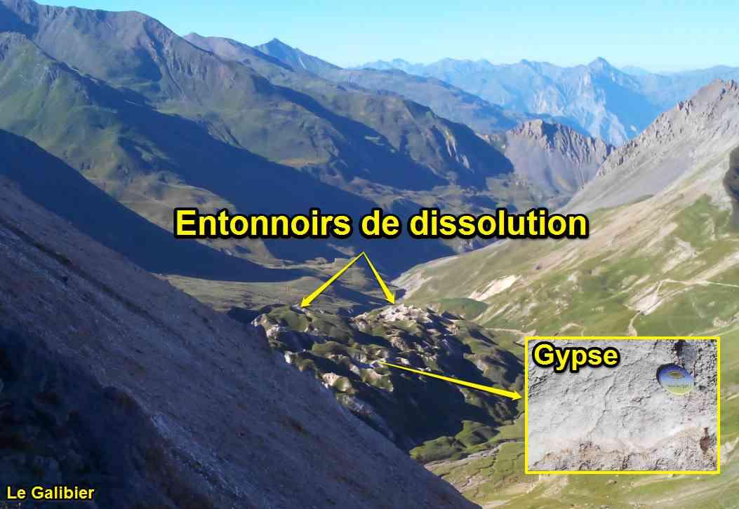 entonnoirs de dissolution gypse couche savon galibier Alpes